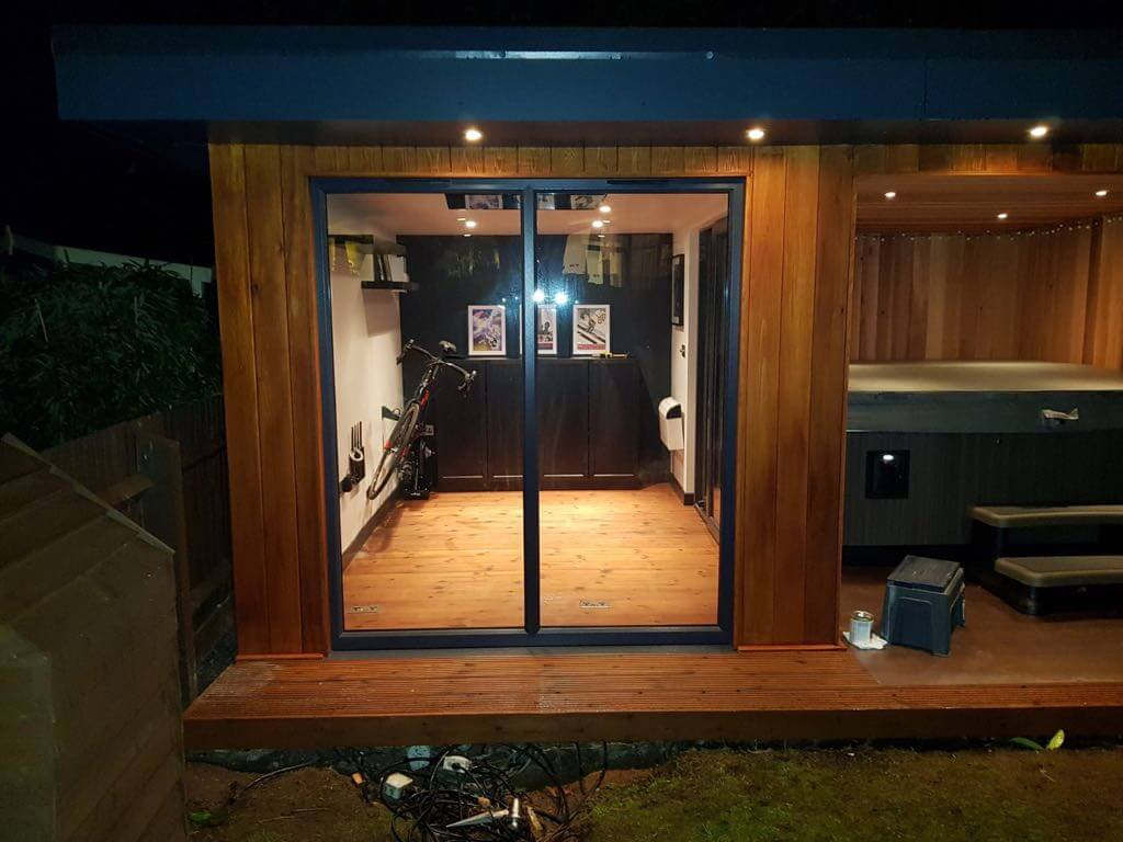 Hot Tub Timber Garden Room Shelter Bridge Timber Garden